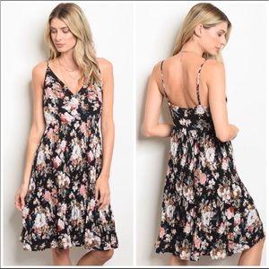 Dresses & Skirts - NWT Black Floral  spring/summer dress